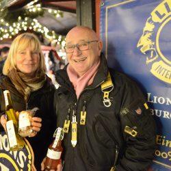 Familie Brüggemann steht seit mitlerweile 17 Jahren auf dem Duisburger Weihnachtsmarkt.
