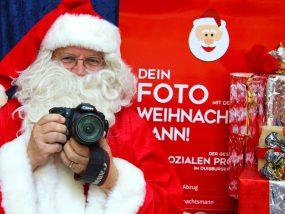 Auf dem Lichtermarkt: Machen Sie ein Foto mt de Weihnachtsmann!
